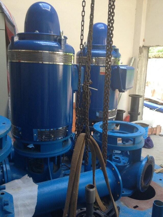 辅泵用井用潜水泵,控制系统以日本三菱和abb变频器,西门子plc和5.